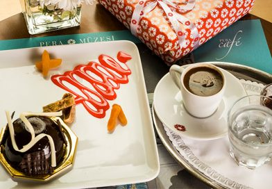Sanat Dolu Bir Güne Keyifli Mola: Pera Müzesi Pera Café